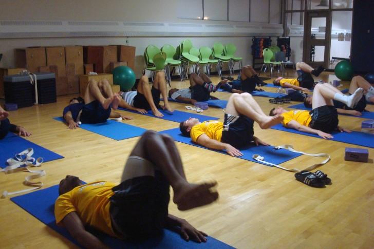 Yoga boosting volleyball