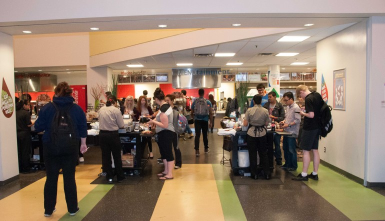 The North campus Food Emporeum is one of several facilities that may change hands if Chartwells' contract isn't renewed. Photo by Natalia Vega.