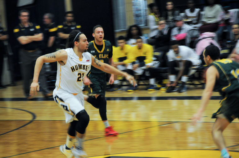 Humber PF, Chad Bewley in a game against the St.Clair Saints on Saturday Jan. 31. (Mathew Hartley)