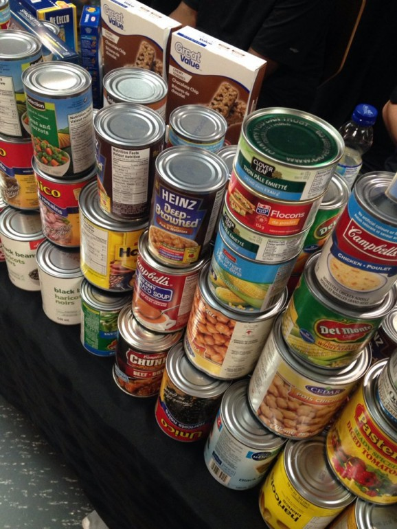 Humber's Sport Management students held a food drive this month, with the donations going to Toronto's Daily Bread food bank. (LISA BUCHANAN @SPORTLISA/TWITTER)